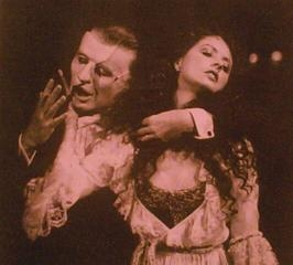 musicals on line the phantom of the opera images