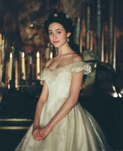 MUSICALS ON LINE - El Fantasma de la Opera - Imagenes Emmy Rossum Wallpaper Christine